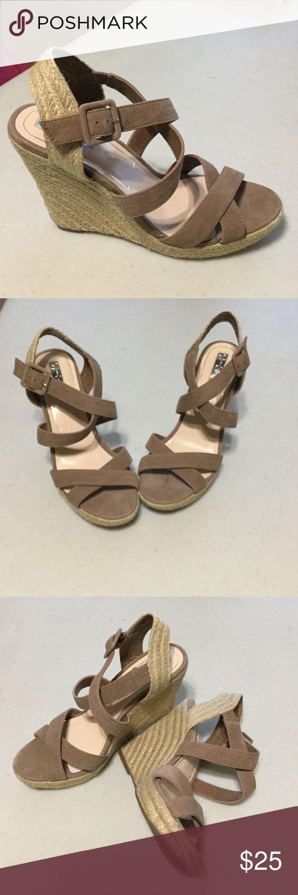 Jessica Simpson Wedge Shoes Jessica Simpson Size 9 Like New Jessica Simpson Shoes Wedges