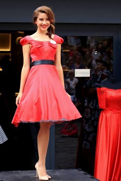 Šaty na redový tanec