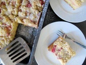 Sauer mach lustig: Streuselkuchen mit Rhabarber | The Stepford Husband