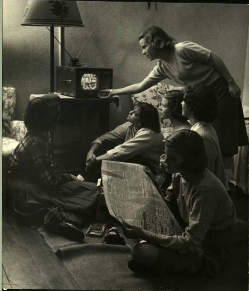 Wellesley College students watching TV. Wellesley, Massachusetts, 1949 // Photograph by Nina Leen