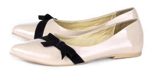 Sepatu wanita G 7138 adalah sepatu wanita yang nyaman dan...