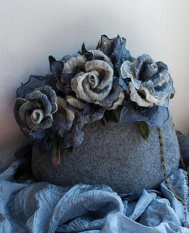 Купить Валяная сумочка Путешествие в Петербург - серый, валяная сумочка, сумочка, войлочная сумочка