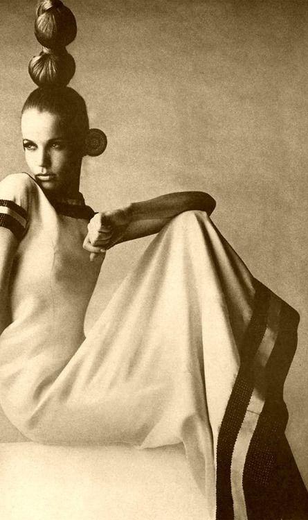 """""""Queen""""-1966  http://www.pinterest.com/adisavoiaditrev/"""