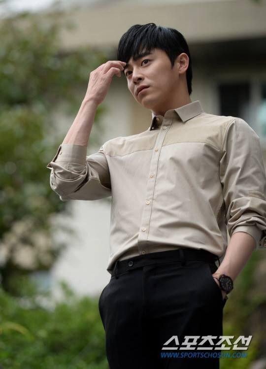 Jo Jung Seok 조정석