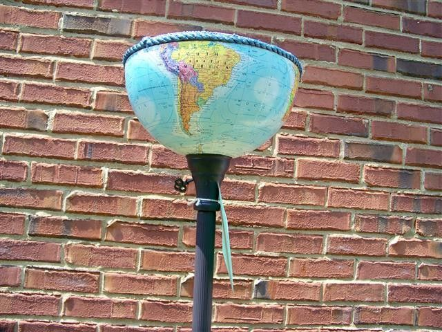 Repurposed Globes: Globes Southern, Globes Maps, Floor Lamps, Crafts Ideas, Globes Lights, Floors Lamps, Globes Lamps, Boys Room, World Globes Crafts