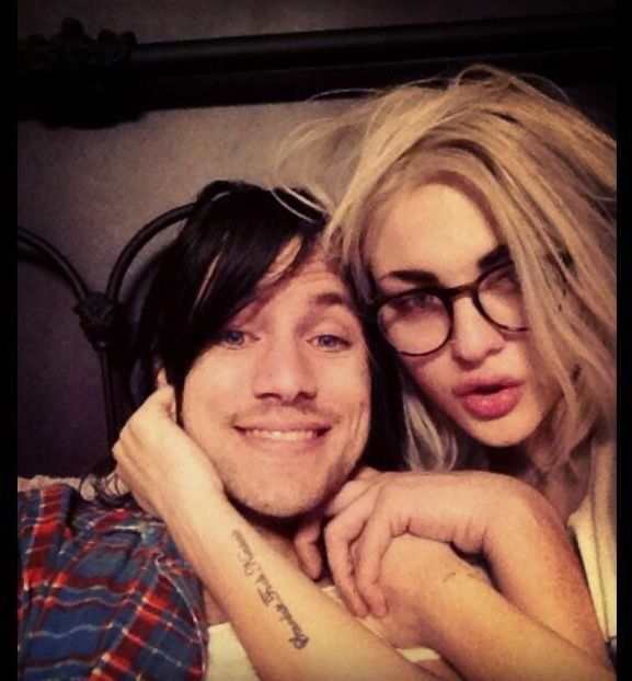 Frances Bean Cobain and her Fiance are HOT!