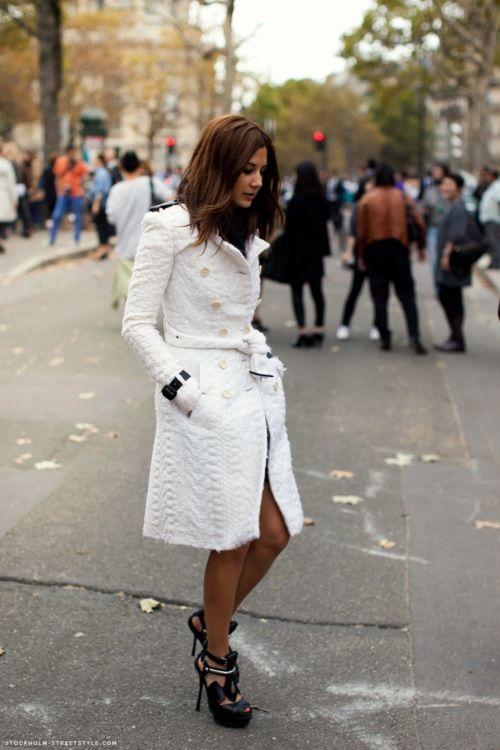 White coatFashion, White Coats, Street Style, Christine Centenera, Jackets, Christinecentenera, Trench Coats, Winter Coats