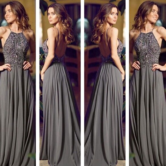 Love, love, love this long dress! Classic but has something special to it.. Nedds to be in another colour..
