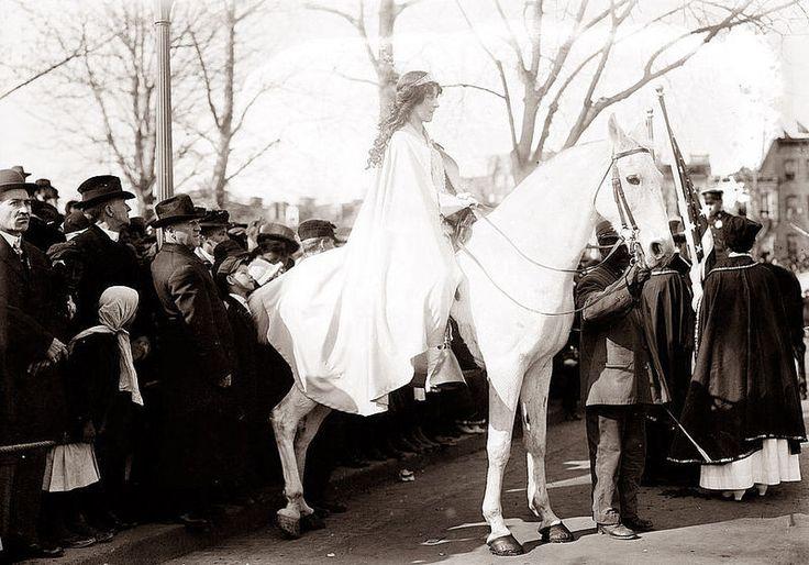File:Inez Milholland 1913 two.jpg