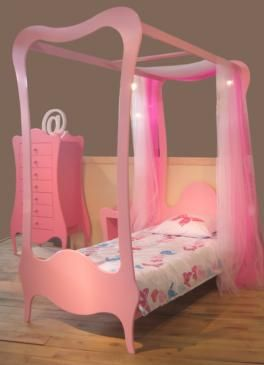 26 best images about lit baldaquin enfant on pinterest metals armchairs and canopy beds. Black Bedroom Furniture Sets. Home Design Ideas