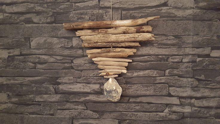 Girlanden & Wimpelketten - Girlande aus Treibholz mit Austernmuschel - ein Designerstück von Prinzessin-Schluesselblume bei DaWanda