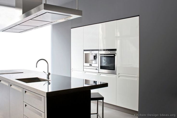 #Kitchen Idea of the Day: Modern stainless steel kitchens.