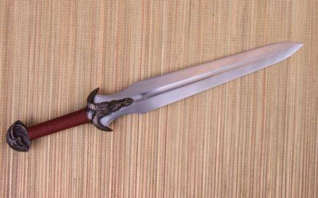 Fully funcional custom swords with high carbon steel blades