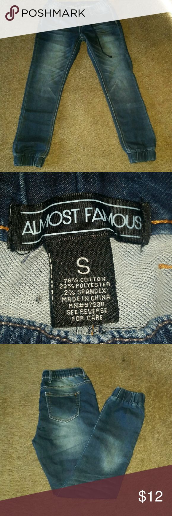 Almost Famous Jean Joggers Blue Jean Joggers. Size small. I wear a 7 or sometimes 9 and these fit. They are soft and stretchy, very comfortable! Almost Famous Jeans Ankle & Cropped