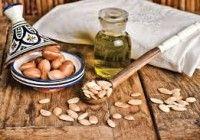"""Nie każdy olej błyszczy """"złotem Maroka"""". Nie daj się nabrać na bezwartościowe i tanie podróbki! Poszerzaj z nami swoją wiedzę http://www.natuwit.pl/nie-kazdy-olej-blyszczy-zlotem-maroka/"""