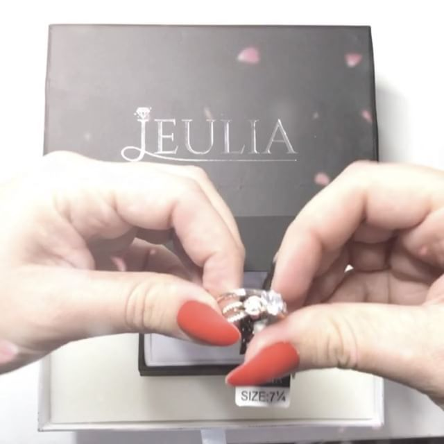 I am so in love with this Beautiful Wedding set from @jeuliajewelry   So elegant ... a Dream... just Perfect 💖   You can find This exact same Set here >> http://jeulia.io/2ndwGts  But also find hundreds of other Amazing and beautiful different Rings to choose from 💍  *  *  *  #jeulia #jeuliajewelry #jewlery #wedding #weddingrings #ring #diamond #bling #blingbling #saphire #dreamwedding #perfectwedding #love #beautiful #beauty #happy #hand #husband #wife #weddingband #silver #gold #diamonds