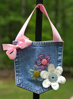 Just the cutest denim pocket purse. A great gift for a little girl. :-)
