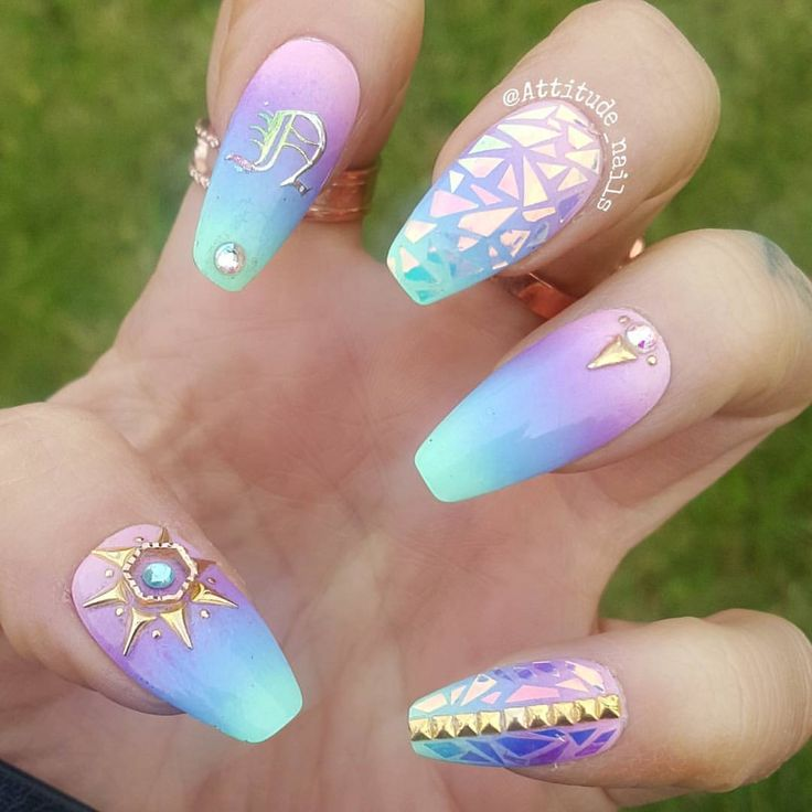 One of my favourite nail art trends is ombre colour and the colours used in this set are gorgeous.