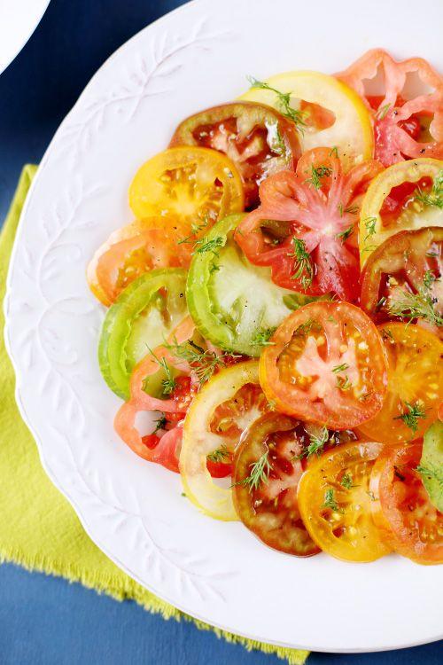 Salade de tomates anciennes à l'aneth