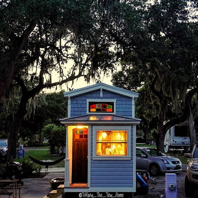 Tiny home, tiny space? No problem. Our Go Home series are a perfect fit for all your tiny home needs!  #SolarPower #SolarEnergy #tinyhomes #tinyhouse #humless #gethumless