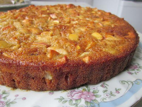 И ещё одни постный пирог. Он очень простой, готовить его можно на неделе, когда захочется чего нибудь вкусненького к чаю. Мне кажется, что такой пирог хорошо…