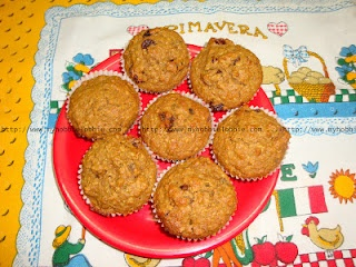 Wholewheat, Oatmeal and Raisin muffins ... great for breakfast on the go!