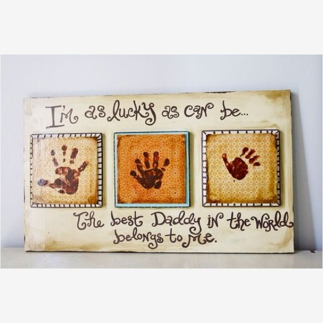 Mother's Day/Father's Day project-instead of middle handprint put child's photo