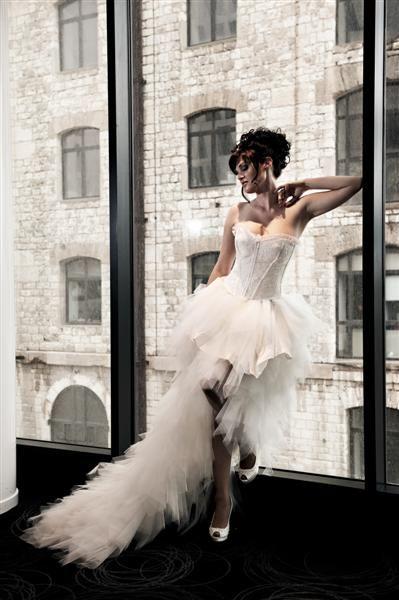 Robe de mariée BALLERINE courte devant avec une longue traine blanche ou ivoire Robes de mariées Robes de mariée à Marseille - Nathalie Elbaz-Cleuet