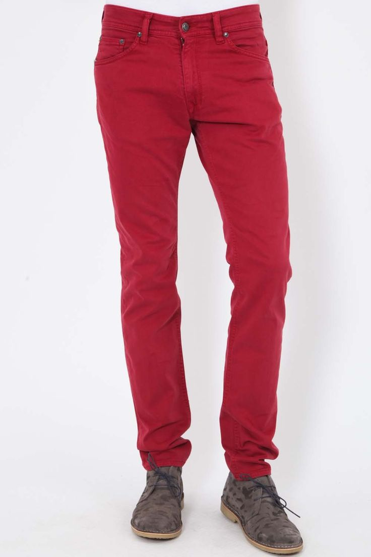 JEANS OZE KAPORAL ROUGE http://www.unclejeans.com/jeans/homme/slim/jeans-oze-kaporal-rouge.html