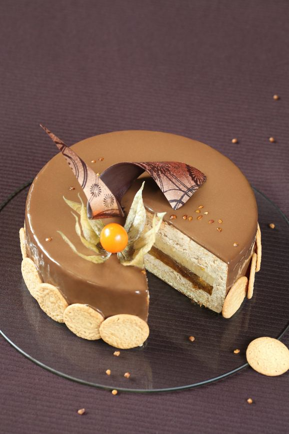 A receita em português está em baixo.     Этот торт скорее осенний, чем зимний)). Помню, делала я его в октябре. У нас был огромный...