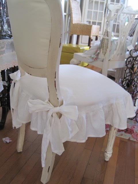 ruffled skirt.: Slipcovers