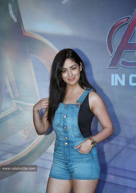 celebstills: Yami Gautam at Age of Ultron Special Screening