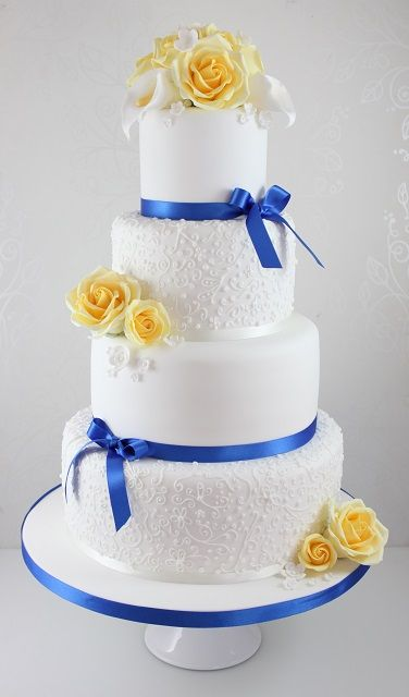 pictures of royal blue wedding cakes best 25 yellow wedding cakes ideas on 18426