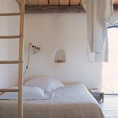 Bedding can almost always tickles my fancyRustic Bedrooms, Minimal Bedroom, Ladders, Interiors Design, Beds Room, White Bedrooms, Bedrooms Decor Ideas, Bedrooms Ideas, Chic Bedrooms