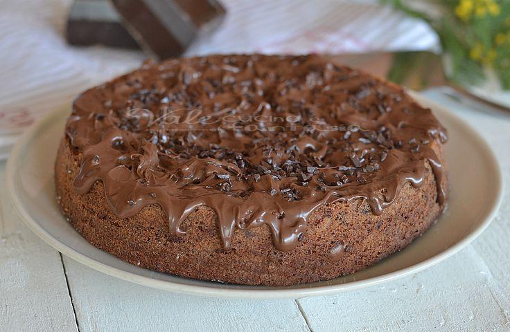 Torta brownies al cioccolato e nutella dire golosa è poco, cioccolato fondente,gocce di cioccolato, nutella insomma un tripudio di bontà