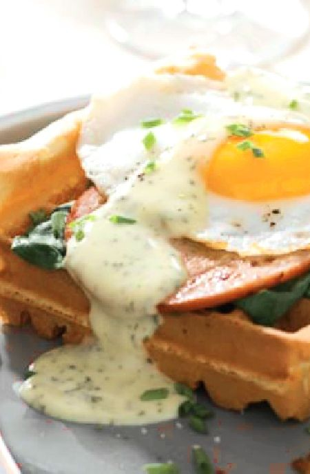 Waffles with hollandaise, poached eggs & bacon -- Low FODMAP Recipe and Gluten Free Recipe #lowfodmaprecipe #glutenfreerecipe #lowfodmap #glutenfree   http://www.ibs-health.com/low_fodmap_waffles_hollandaise_poached_eggs_bacon1211.html