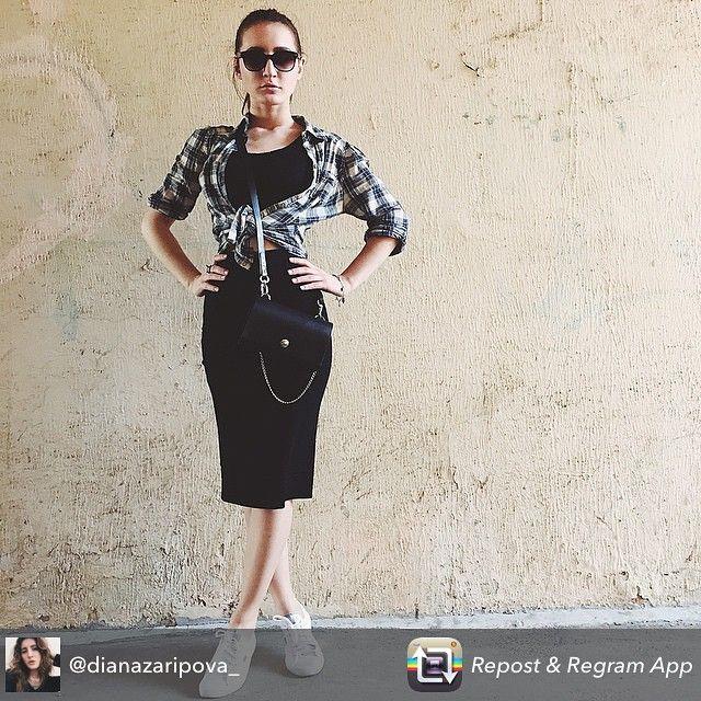 #nim_design#nim#bag#nim_girls Самая удобная сумочка через плечо ! У нас в студии #вналичии в черном и темно-коричневом цвете !  #danave#style#domodedovo