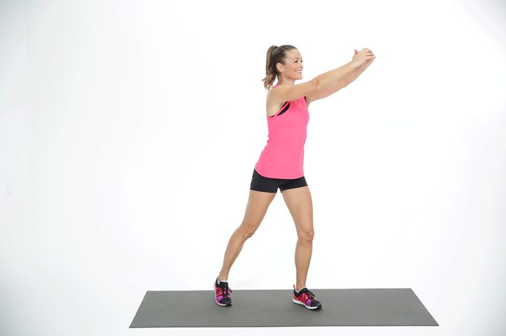 When you're short on time, traveling, or don't have access to equipment, this standing ab exercise is ideal. You can also add it to your own custom ab workout!You don't even need a mat to do this high-knee march with a twist. Somewhat like standing bicycle crunches, this move will use your obliques a