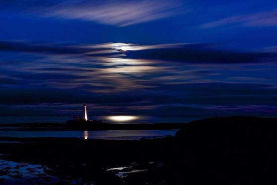 St Mary's Lighthouse - credit to Ian Twoputts Brodie - Northumberland