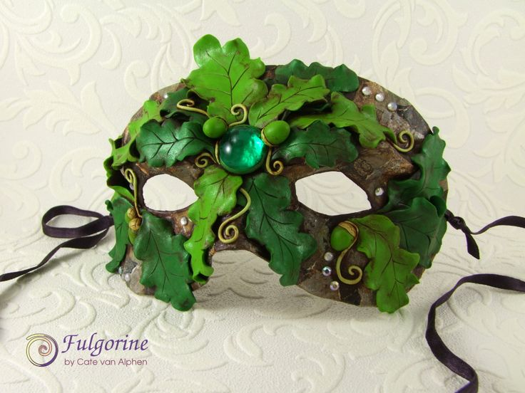 Green Man mask by Cate van Alphen