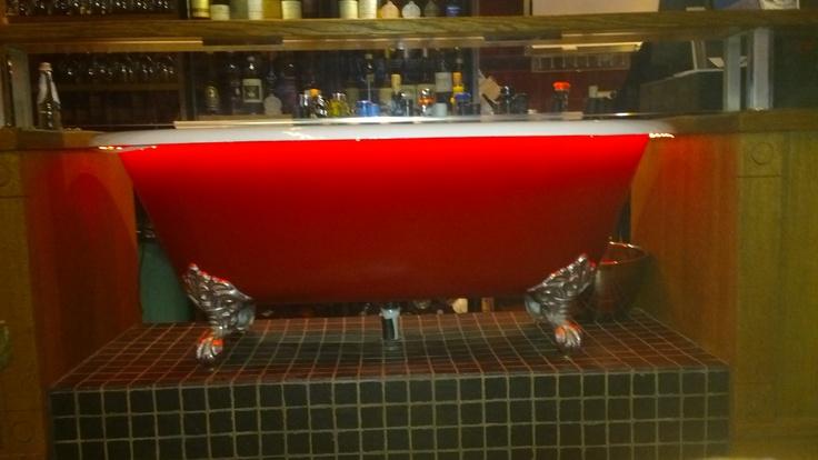 The Amarone bathtub...a splash in red!