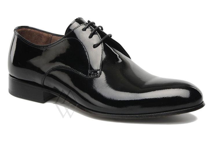 Самая модная обувь, удобный магазин обуви, большой выбор в каталоге обуви, зимняя обувь в нашем каталоге обуви, удобные мужские туфли.