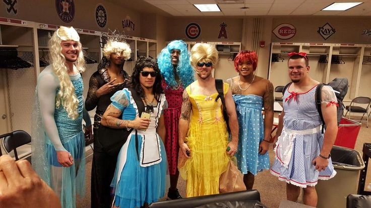 The Chicago Cubs' Rookies had Dress-Up-Day today. - Imgur
