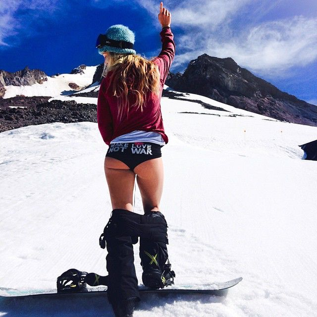 naked babes on snowboard