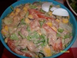 Salata cu ton si porumb