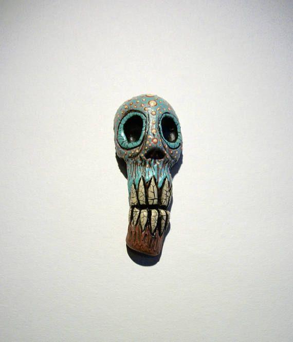 Avant Guard Vanuatu skull Voodoo Horror Sculpture Shadow