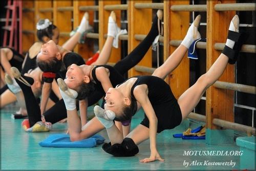 rhythmic gymnastic training