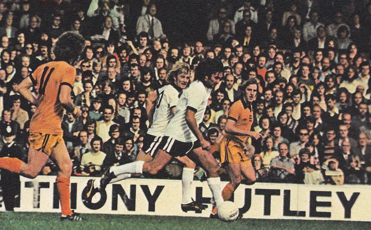 11th September 1976. Fulham duo Rodney Marsh and George Best rampaging through the Wolves defence.