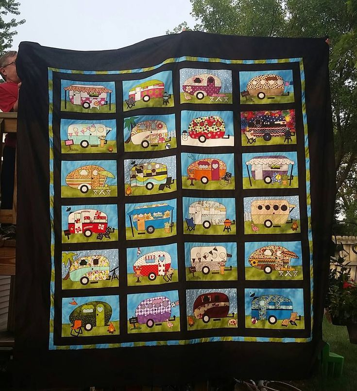 Stacie modified Amy Bradley Designs Campers pattern to make a queen size version