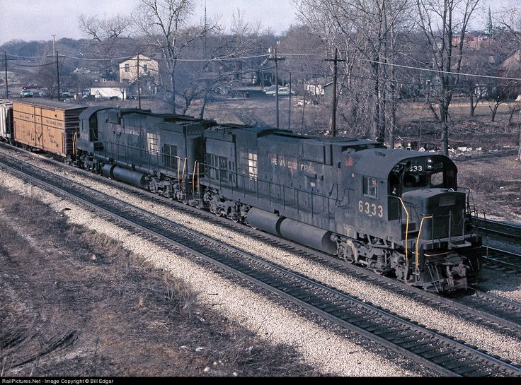 RailPictures.Net Photo: PC 6333 Penn Central Alco C636 at Blue Island, Illinois by Bill Edgar